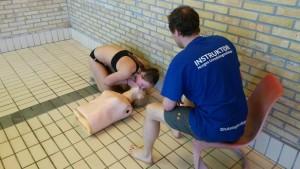 livredning svømmehall annedukke